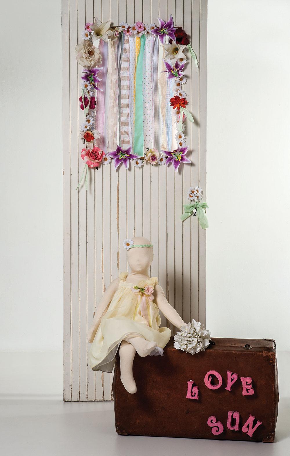1415 - φορεματάκι από 100% βαμβακερό ύφασμα ντουμπλαρισμένο με κίτρινη οργαντίνα