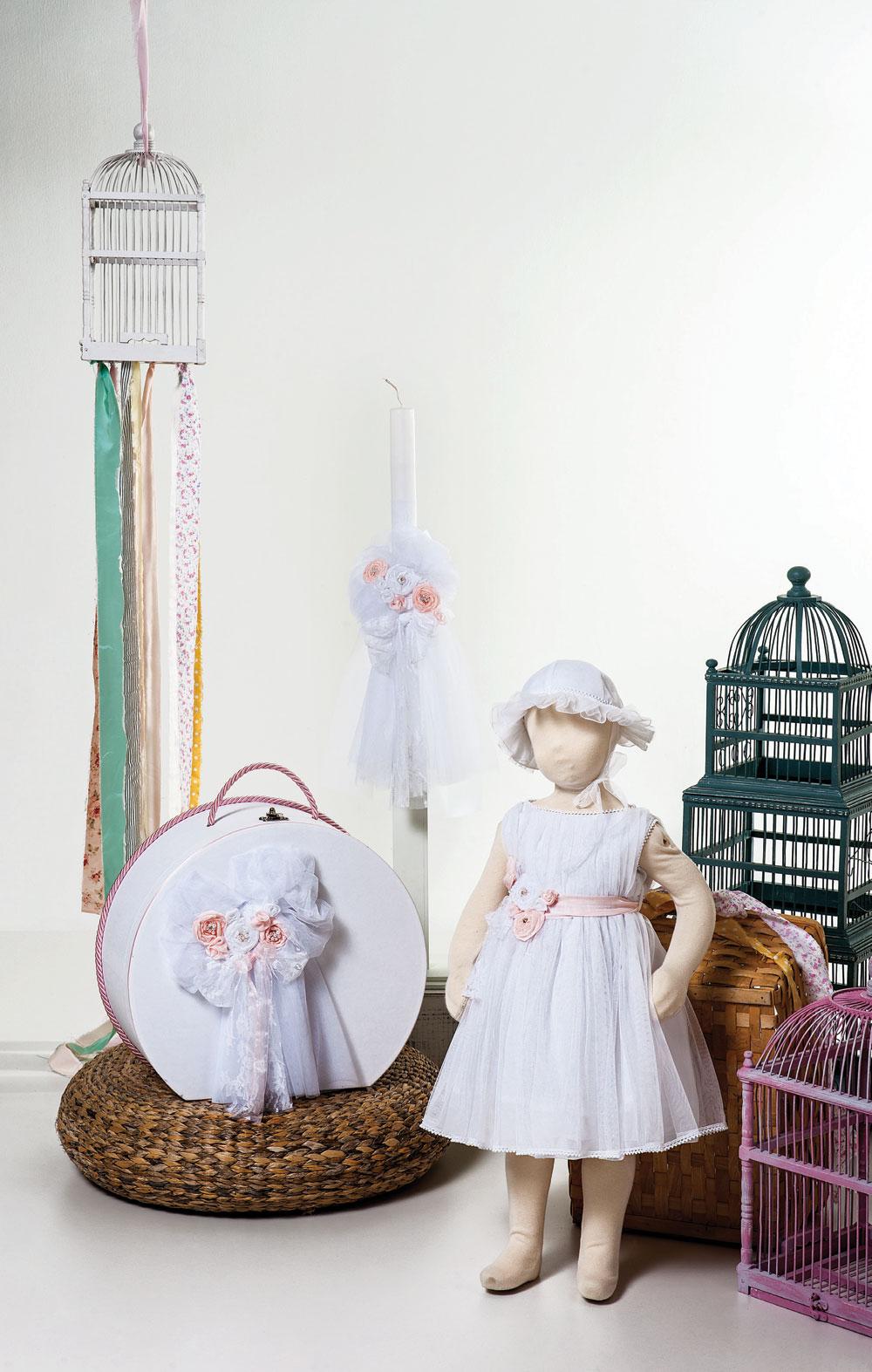 1417 - φόρεμα από τούλι με μεταξωτά χειροποίητα λουλούδια