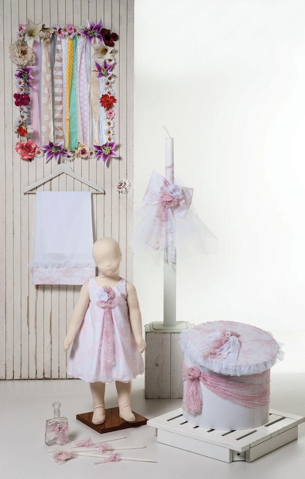 1423 - φόρεμα από ροζ και λευκή δαντέλα με χειροποίητα λουλούδια - διατίθεται και σε εκρού-ρόζ
