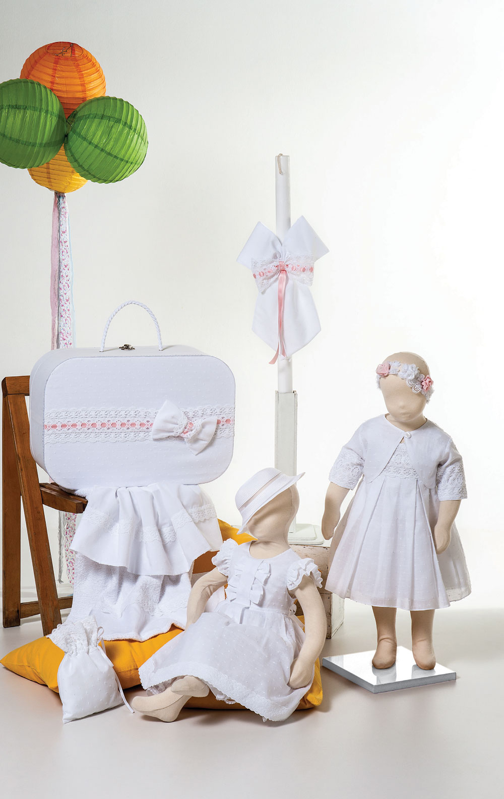 1425 φορεματάκι μπροντερί πουά με δυο φιόγκους 1422 φορεματάκι μπροντερί λευκό κεντητό πουά