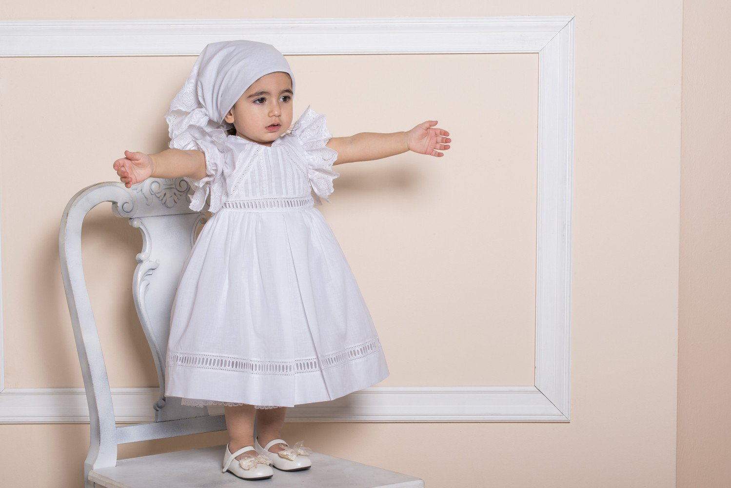 a6d472755221 La joie - Χαλακατεβάκη Άννα - Βαπτιστικά Είδη